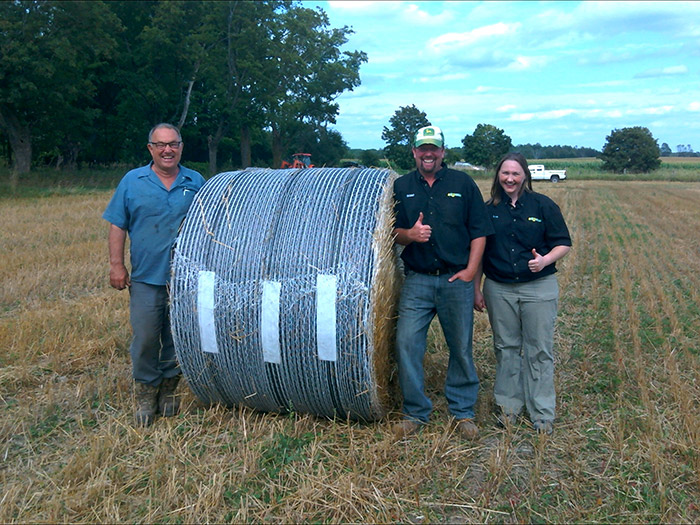 bales stored outdoors B-Wrap™