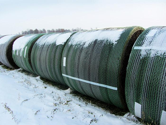 John Deere B-Wrap™ in the snow